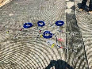Lắp đặt thiết bị đo dịch chuyển khe hở crackmeter model 4420 trong lưới địa kỹ thuật